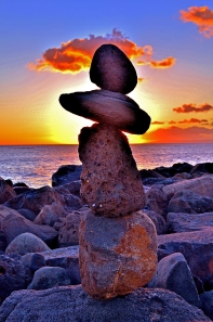 rock_stacking_balancing_by_meepitsamouse-d5kuazh2